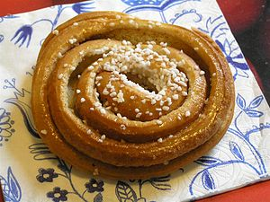 Cinnamon roll - A Swedish kanelbulle