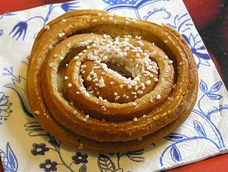 Cinnamon roll - A Swedish kanelbulle
