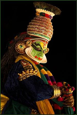 Ethnic groups in Kerala - Kathakali is popular art form in Kerala