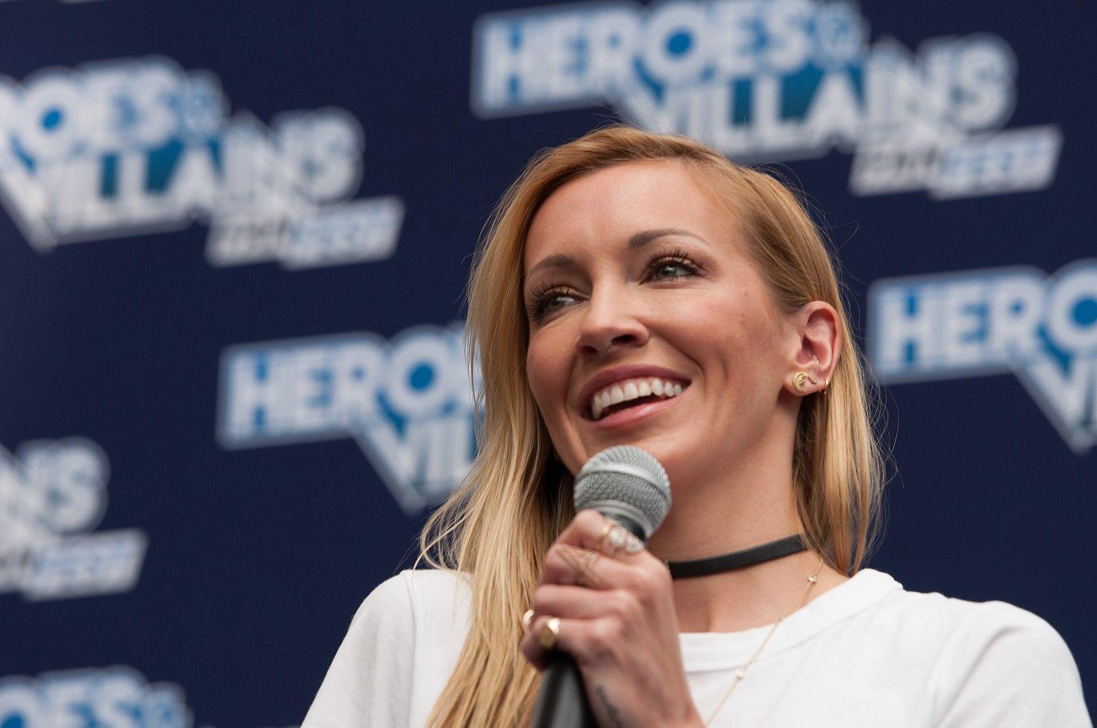 Katie Cassidy at a Fan Fest in London talking about Laurel Lance
