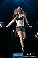 Kimberly Wyatt - Tacoma Dome 6.jpg