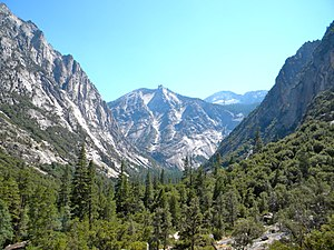 Kings Canyon National Park - View of Kings Canyon, looking south from Paradise Valley