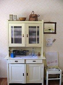 Alacena wikipedia la enciclopedia libre for Modelos de anaqueles de cocina