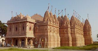 Ajitanatha - Image: Kutch Bhadreshwar Jain Temple