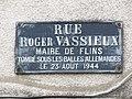 L1443 - Place de rue Roger Vassieux - Ancien maire de Flins-sur-Seine.jpg