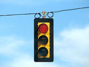 A close up view of a traffic light illuminatin...