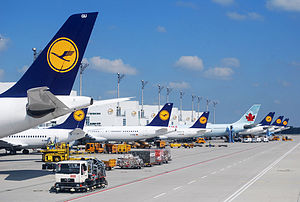 English: Lufthansa aircraft and one Air Canada...