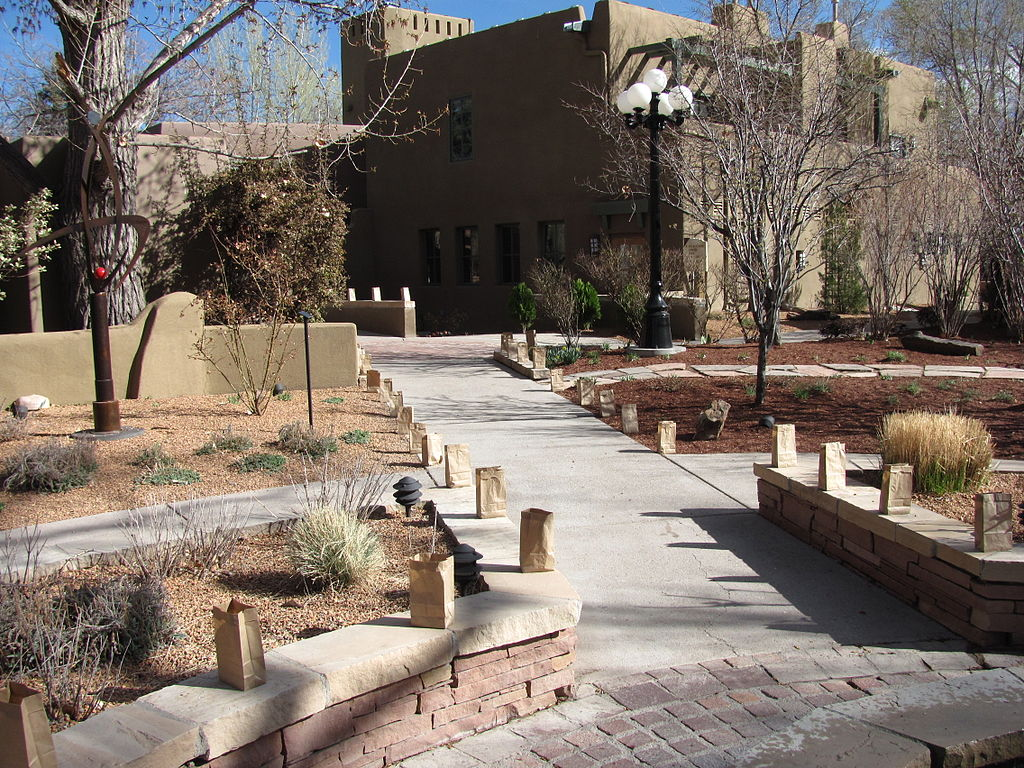 Santa Fe Hotels >> File:La Posada de Santa Fe, NM.jpg - Wikimedia Commons