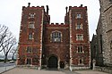 Lambeth Palace gatehouse - geograph.org.uk - 343864.jpg