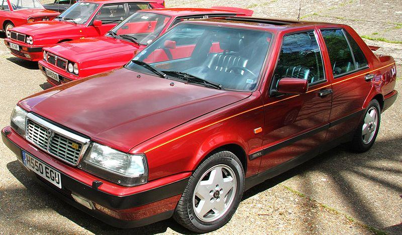 800px-Lancia_Thema_Ferrari_8.32.jpg