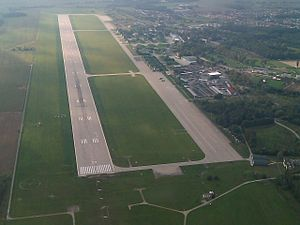 Pardubice Airport - Image: Letiště Pardubice letecký snímek