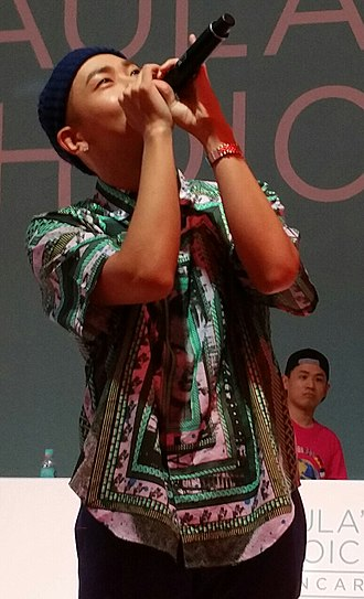 Loco (rapper) - Image: Loco Paula's Choice 9