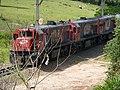 Locomotivas de comboio que entrava sentido Boa Vista no pátio da Estação Ferroviária de Itu - Variante Boa Vista-Guaianã km 201 - panoramio (2).jpg