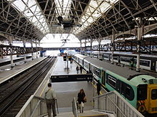 London Bridge platform 14.jpg