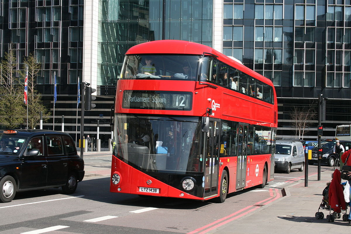 New Routemaster Lt Class London Buses On Route 12