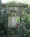 Luisenfriedhof III - Grab Meyer Haukohl.jpg