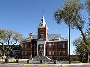 Luna County Courthouse in Deming
