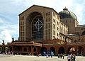 Main facade - Basílica de Aparecida - Aparecida 2014.jpg