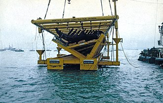 Maritime archaeology - Image: Mary Rose salvage 1982 above water edited