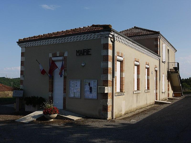 La mairie de Meilhan.