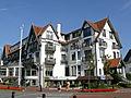 Memlinc Hotel of Memling Palace, hotel in cottagestijl, Albertplein 21,23,25,27, Knokke.jpg