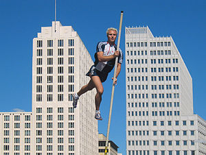 Michael Stolle - Michael Stolle pole vaulting at the Potsdamer Platz in Berlin 2004