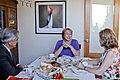 Michelle desayuna con Presidente Sebastián Piñera y Primera Dama Cecilia Morel 16 12 2013 (11420082593).jpg
