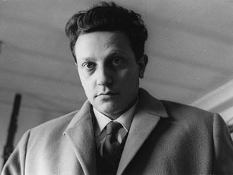 Enrico Crispolti - Image: Milano dicembre 1964 foto G.Guerreschi
