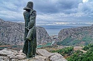 Mila Gojsalić - Meštrović's statue of Mila Gojsalić