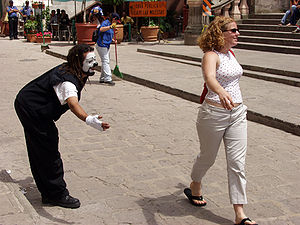 Street mime and lady at the City of Guanajuato, Mexico