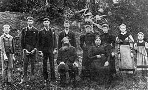 Gatton murders - The Murphy family. Pictured are Daniel Snr. and Mary Murphy (seated), with 8 of their 10 children behind them: (left to right) John, Jeremy, Patrick, William, Polly, Norah, Theresa 'Ellen'  and Catherine.