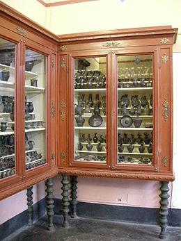 Museo guarnacci, buccheri.JPG