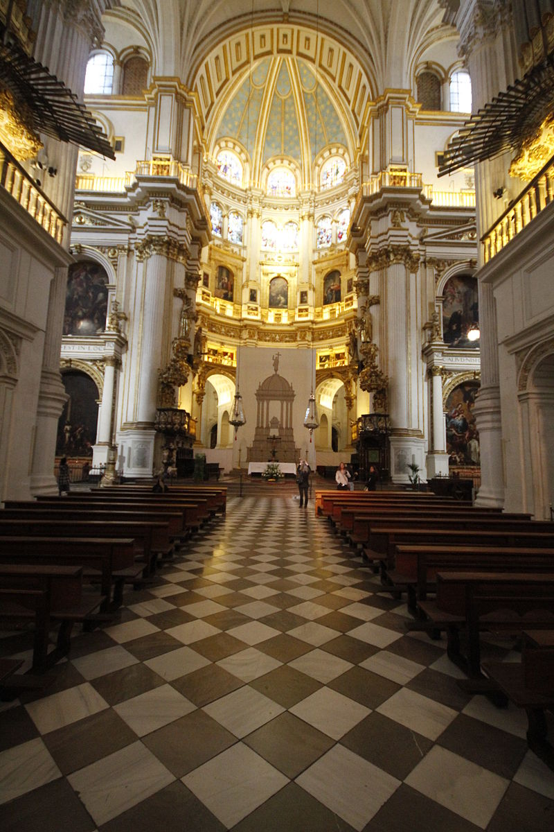 Nave - Cathedral of Granada (7).JPG