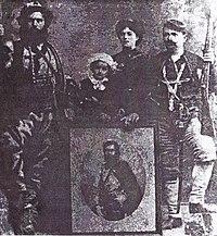 Nikola Kostov Siin his family and Tane Nikolov.jpg