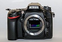 Nikon D7200 01-2016 img2-korpofront.jpg