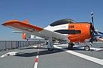 North American T-28B Trojan '138271 D-706' (39313129820).jpg