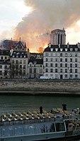 Notre-Dame de Paris, Incendie 15 avril 2019 19h58.39.jpg