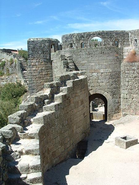 Image:Nt-castelo-sortelha7.jpg
