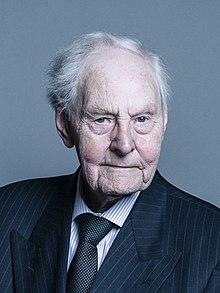 Retrato oficial de Lord Stoddart de Swindon crop 2.jpg