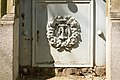 Père-Lachaise - Division 81 - Leprest-Schwarz 03.jpg