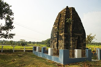 Jainism in Bengal - Image: Pakbirra Jain Shrine of Purulia 04