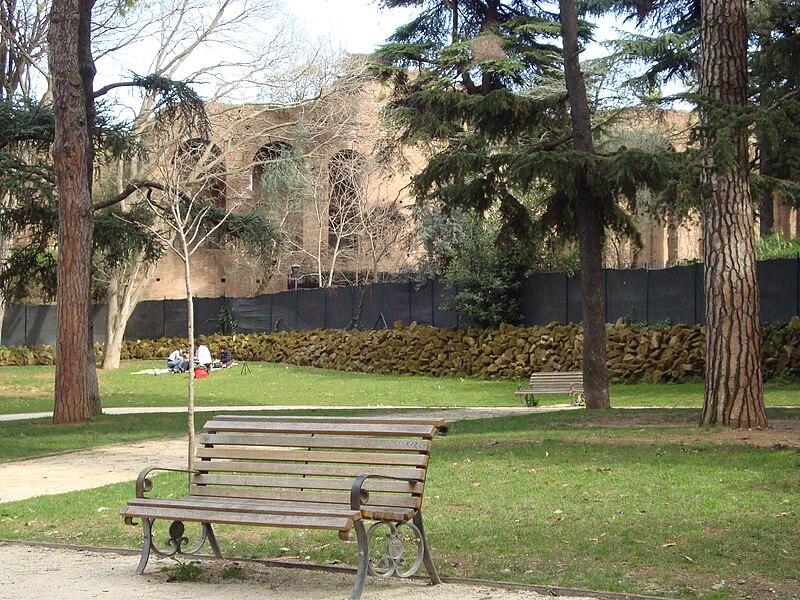 Parco degli Scipioni3.JPG