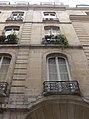 Paris - 14 rue Saint-Sauveur - contre-plongée.jpg