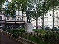 Paris 75016 Place Rochambeau 20120610.jpg