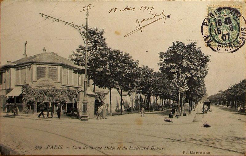 Fichier:Paris Coin Didot Brune 15 VIII 1907.jpg