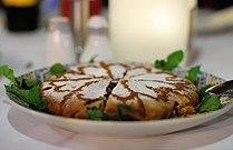 Pastilla marocaine recouverte de sucre glace.jpg