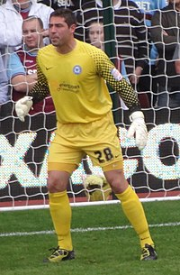 Paul Jones (footballer born 1986).jpg