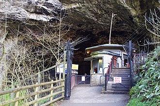 Peak Cavern - Peak Cavern entrance