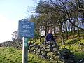 Peak and northern footpath sign - geograph.org.uk - 1658301.jpg
