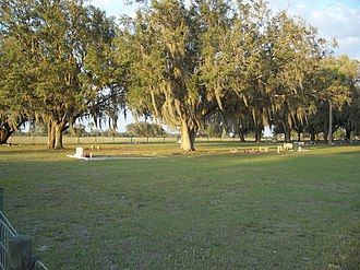 National Register of Historic Places listings in DeSoto County, Florida - Image: Pine Level FL Camp Grounds cem 01